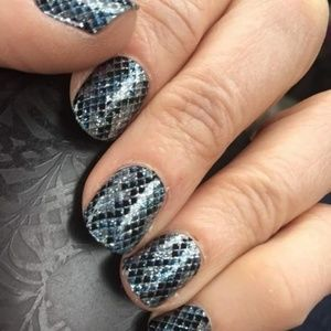 2/$20 color street nails amazonia python snake